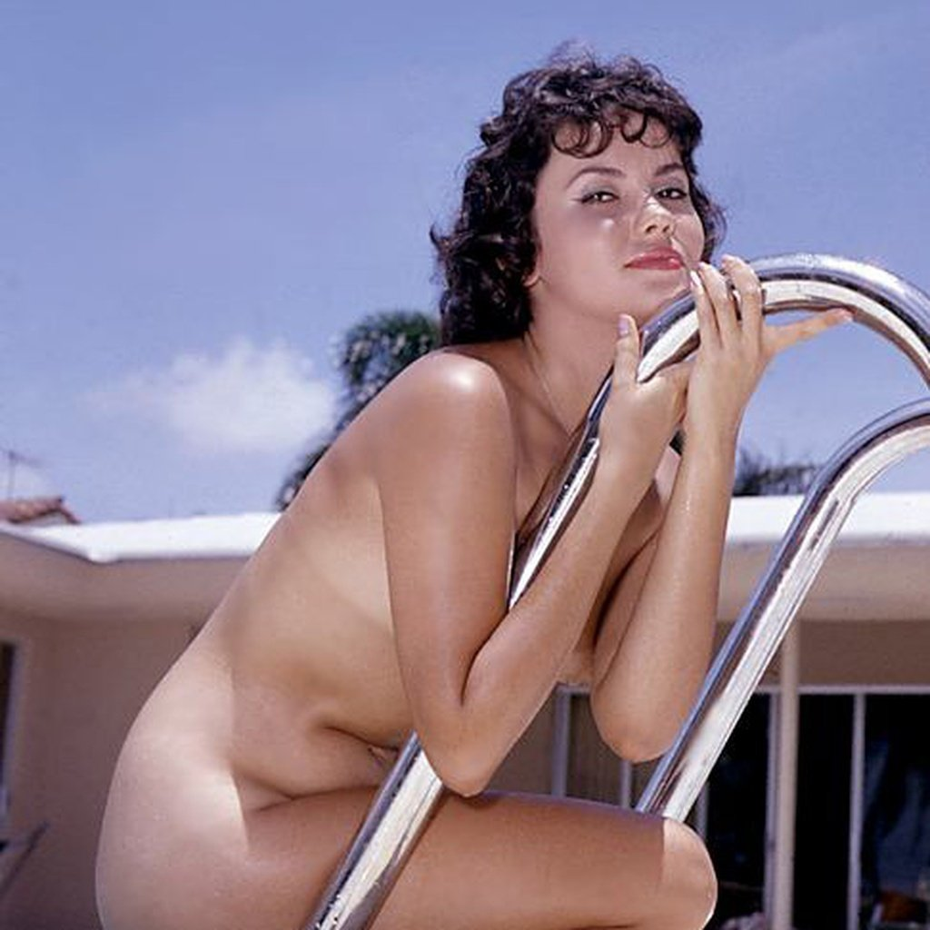 Joyce Nizzari nude for Playboy