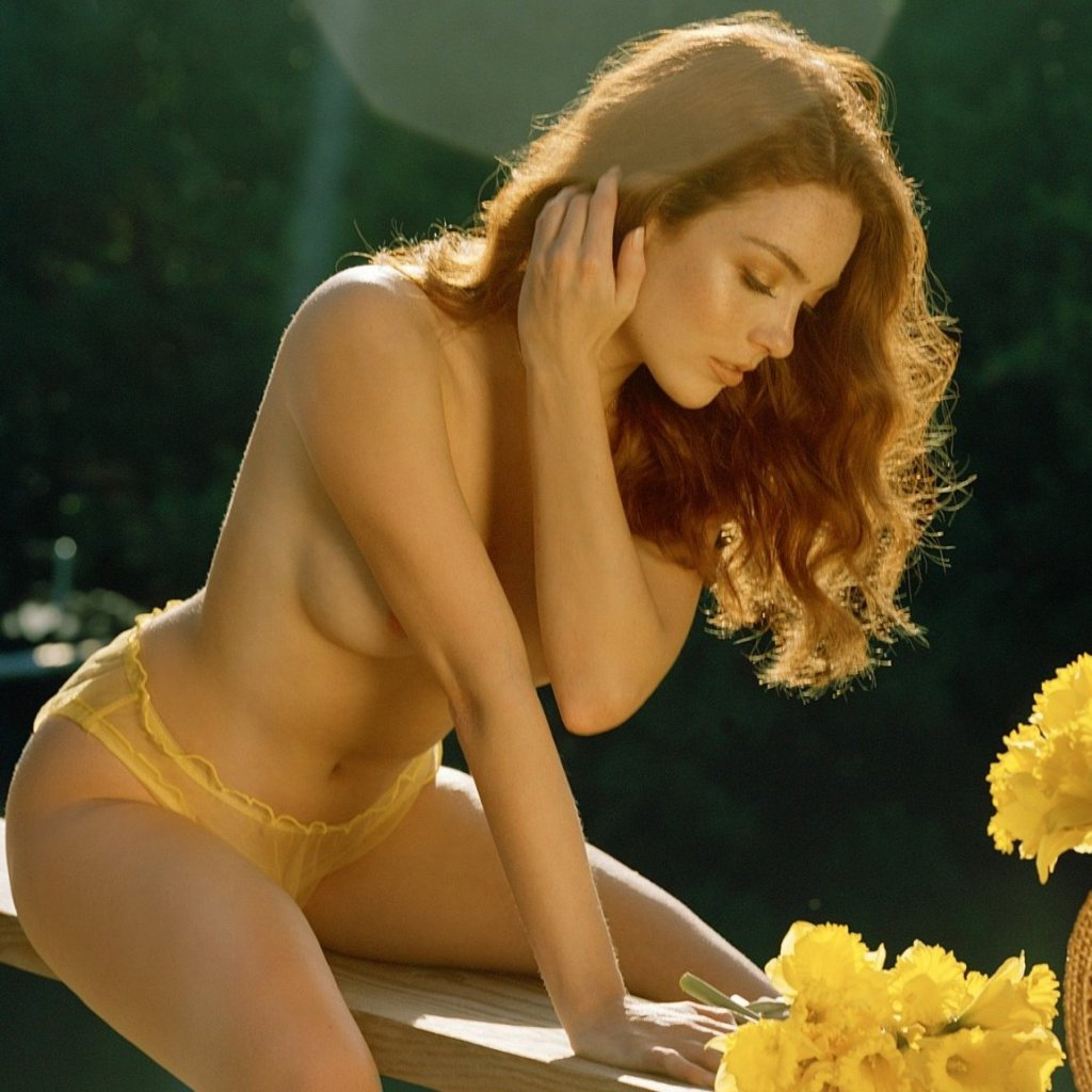 Sophie O'Neil – Amazing Views nude for Playboy