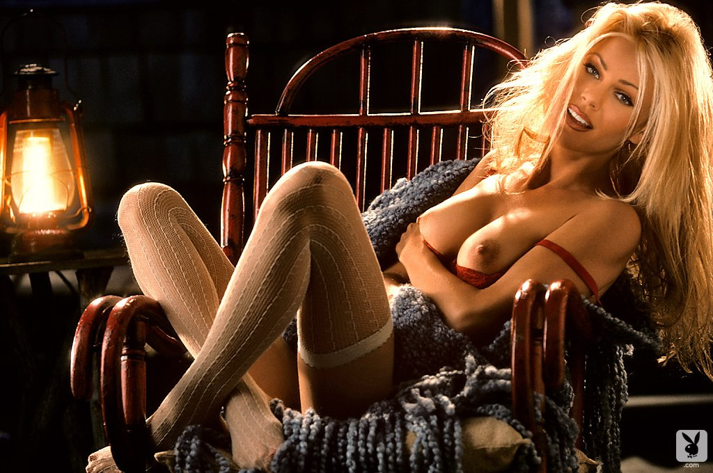 Playboy Playmate Review 1995 – Features nude for Playboy