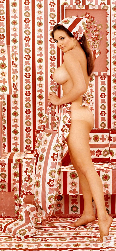 Playboy Classics – How Other Magazines Would Photograph a Playmate nude for Playboy
